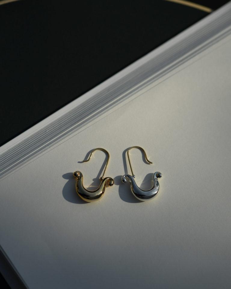Birds earrings _hook type/鳥モチーフのフックタイプイヤリング