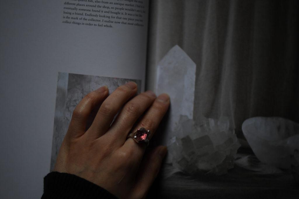 スターリングシルバーにピンクトルマリンを留めた指輪