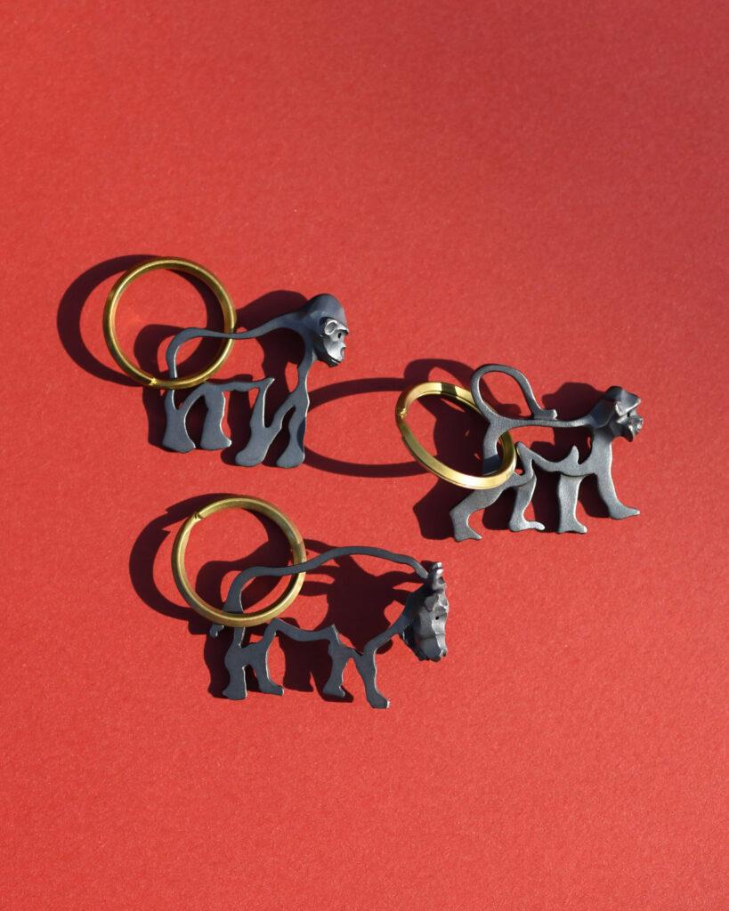 サルとゴリラとバッファローのキーホルダー