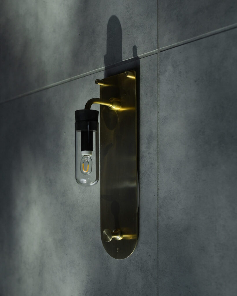 wall light 玄関灯